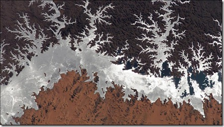Lago Nasser en Egipto visto de la estación espacial