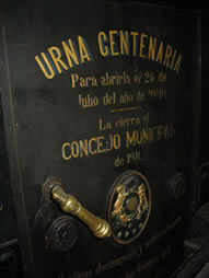 la urna bicentenaria de la independencia de Colombia